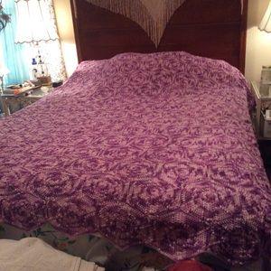 Vintage Hand Crochet Throw Bed Spread Purple Q
